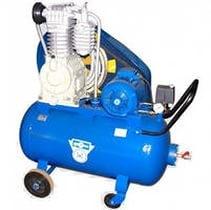 Мы используем итальянские компрессоры для гидропневматической промывки и опрессовки систе отопления